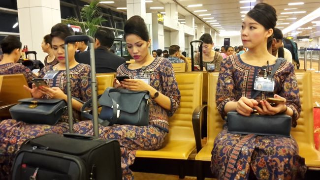 Singapore Airline Stewardess -Beautiful dress
