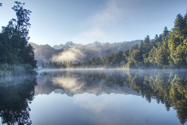 Sonnenaufgang am Lake Matheson