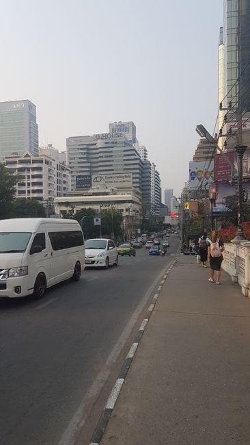 18.03.2019: Bangkok um 7 Uhr morgens.