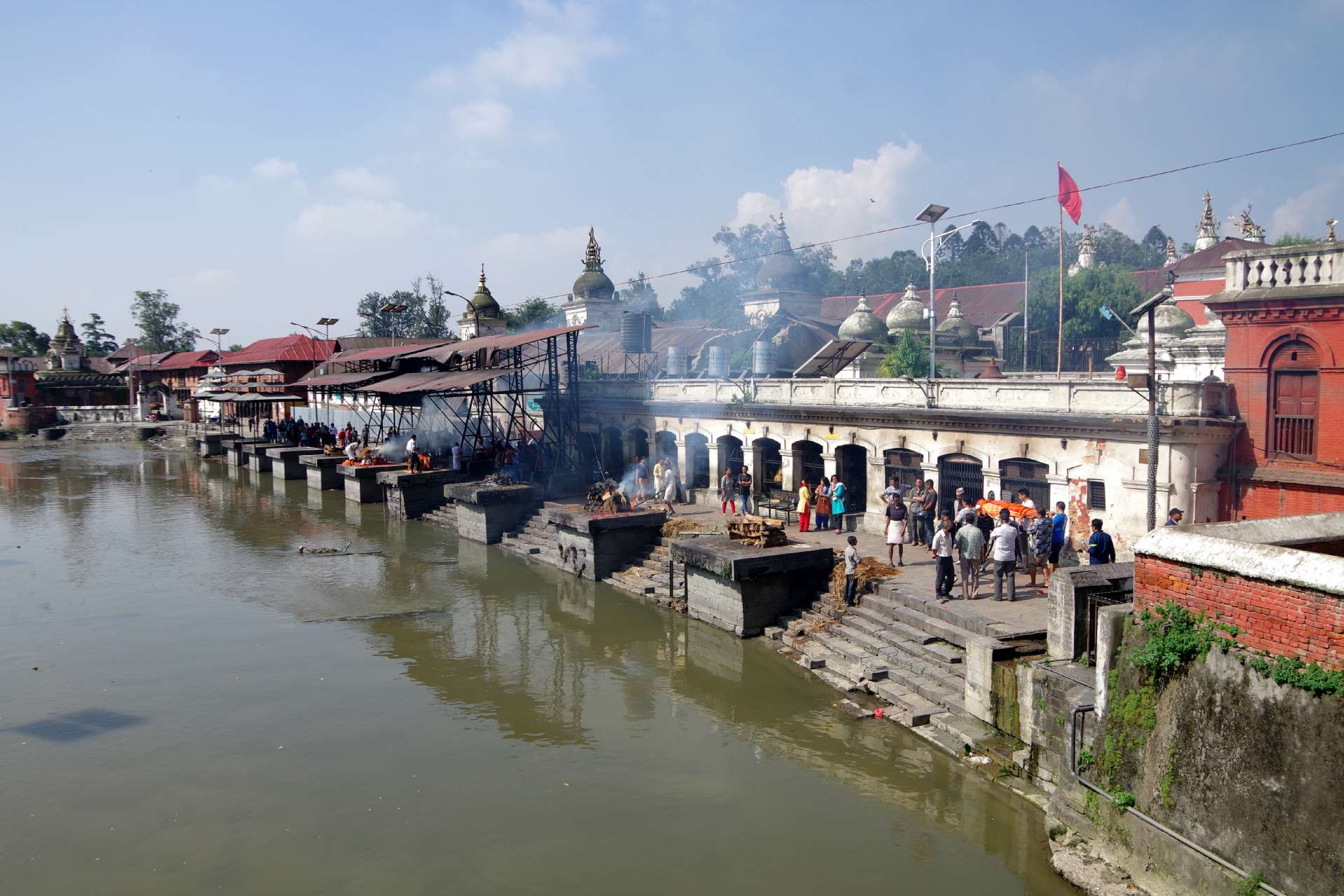 Bagmati und Verbrennungsghats