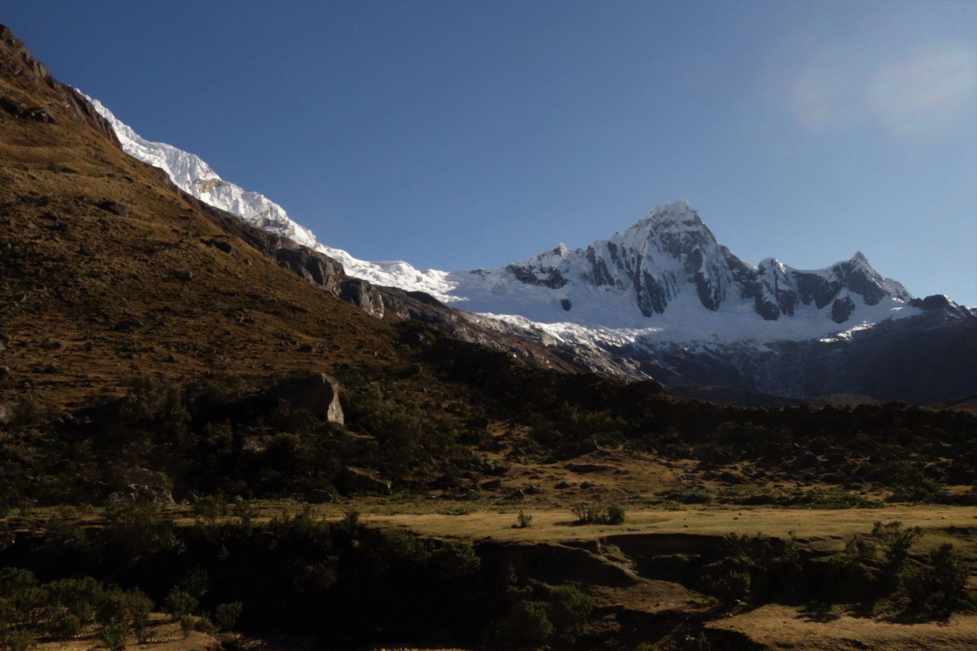 Am Morgen waren die Berge dann noch besser zu sehen. Taulliraju