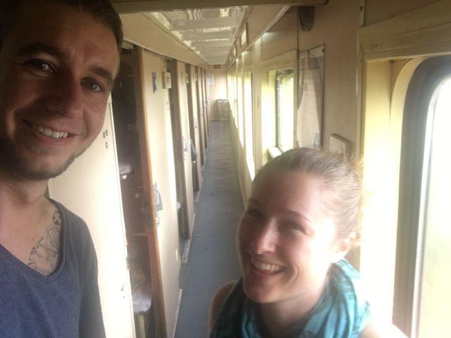 Zug-Selfie im noch leeren Gang