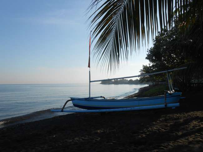 Am Strand von Lovina