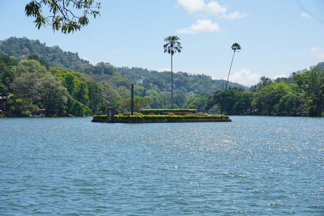 Lake Kandy