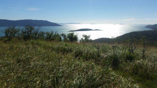 Der Ausblick von unser kleinen Insel auf die anderen Whitsundays-Inseln