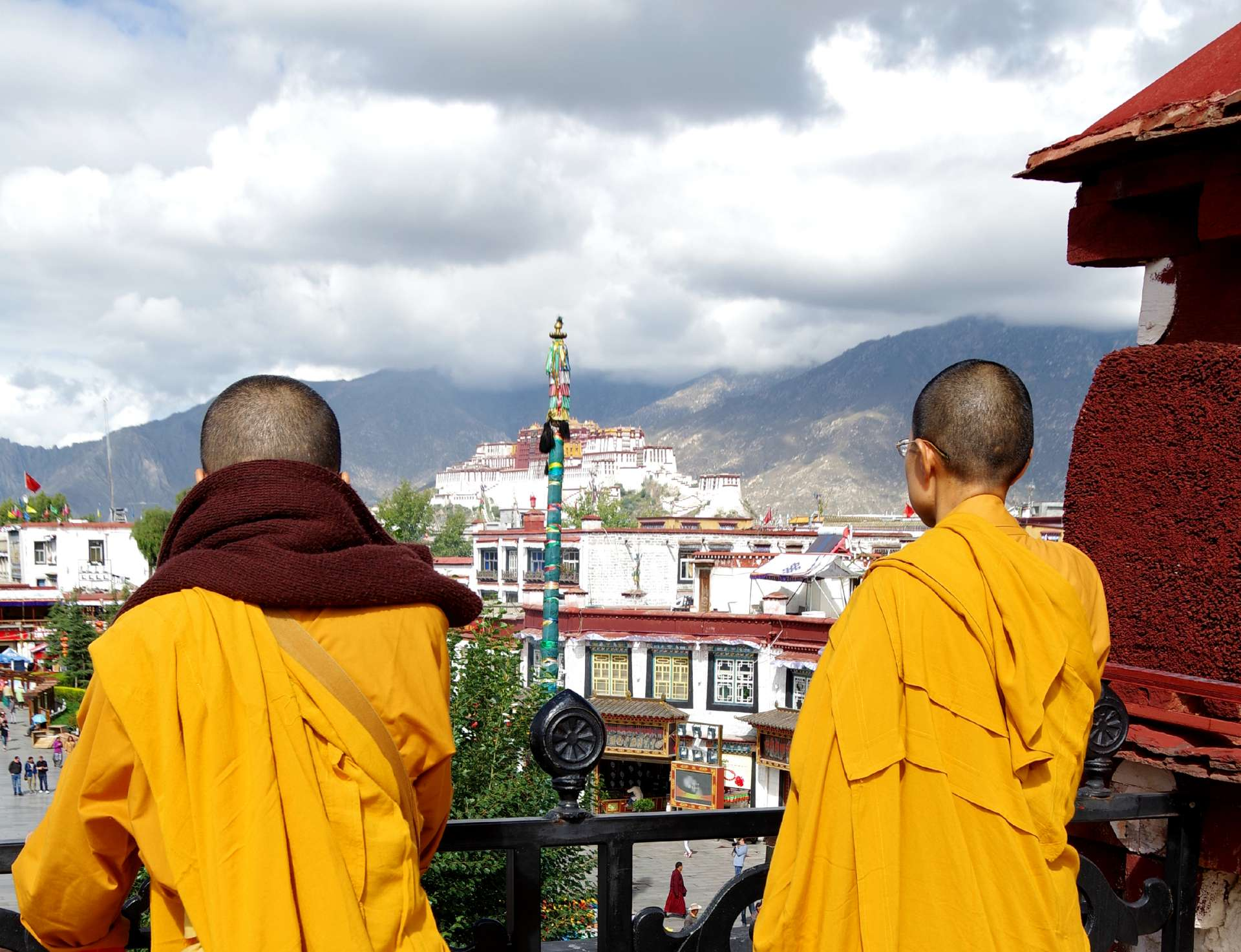 Mönche und Potala