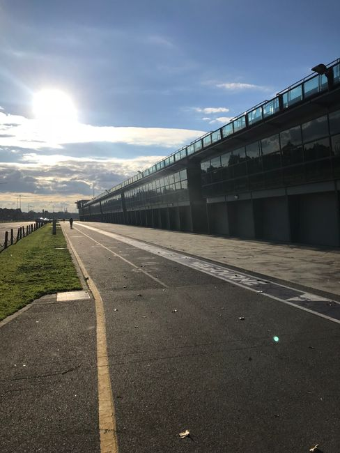 Formel1 Boxengasse